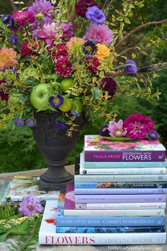 Farmers Market Flower arrangement and favorite flower books | homeiswheretheboatis.net