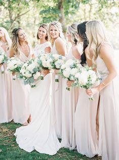 5c9256701c A(z) Menyecske ruha - Júlia Esküvői Ruhaszalon nevű tábla 9 legjobb ...
