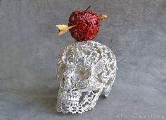 Day Of The Dead Art, Modern Sculpture, Metal Sculptures, Unusual Art, Skull Jewelry, Button Art, Antique Metal, Memento Mori, Red Apple