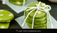 Matcha is a mainstay in Japanese recipes. Stock up on anti-oxidants while you indulge your sweet tooth, with these delicious green tea dessert recipes. Tea Party Snacks, Green Tea Dessert, White Chocolate Cookies, Japanese Food, Watermelon, Sweet Treats, Dessert Recipes, Fruit, Vegetables