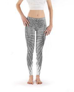 "Leggings - Yoga Leggings/Sporthose ""Wings"" - ein Designerstück von katiwo bei DaWanda"