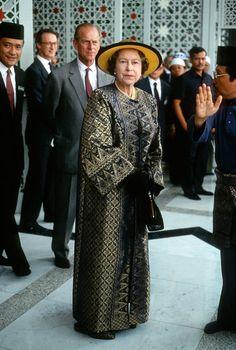 Elisabetta d'Inghilterra 91 anni le foto più curiose della regina - Foto iO Donna
