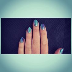 #twotone #iridescent #glitter #shellac #gelpolish