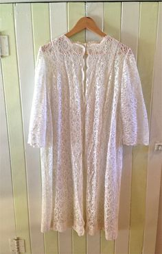 Vintage Lace Dressing Gown by PrudenceandAustere on Etsy, $80.00