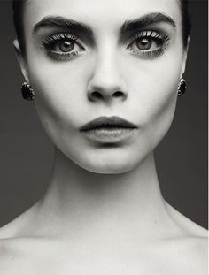 sldkfjd dgjsfksldfg... sorry, can't compose a coherent thought when #CaraDelevingne is present.