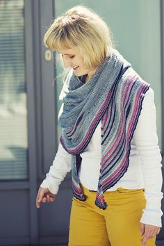 Ravelry: Project Gallery for Lothian pattern by Justyna Lorkowska