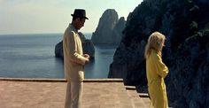 LE MÉPRIS Piccoli et Bardot dans une scène tournée à la Villa Malaparte (1963)