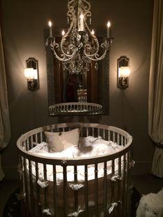 Round crib. Love this!!!