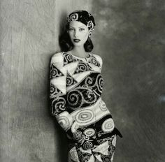 Christy Turlington wearing Valentino Haute Couture Fall Winter 1992 photographed by Walter Chin