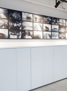 Moderne kontorlokaler, Oslo - Nyfelt og Strand Interiørarkitekter Oslo, Garage Doors, Cabinet, Storage, Outdoor Decor, Furniture, Home Decor, Modern, Clothes Stand