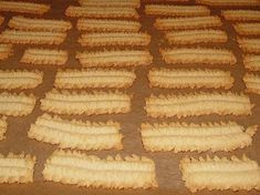 Oma Margaretes Spritzgebäck - Atıştırmalıklar - Las recetas más prácticas y fáciles Pizza Recipes, Brunch Recipes, Fish Recipes, Dessert Recipes, Shortbread Recipes, Shortbread Cookies, Cookie Recipes, Cake Cookies, Short Bread