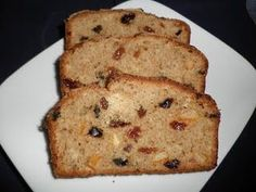 """Perhaps I am the only one, but, I seriously have a love, hate relationship with Weetabix! It's a bit of the """" I know you are goo. Slimming World Puddings, Slimming World Cake, Slimming World Desserts, Slimming World Breakfast, Slimming World Recipes, Weetabix Recipes, Weetabix Cake, Baby Food Recipes, Baking Recipes"""