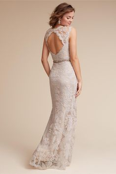 20 of the Most Gorgeous Open Back Wedding Dress & Backless Wedding Gowns - Lace Wedding Dresses Lace Back Wedding Dress, Bhldn Wedding Dress, Backless Wedding, Gorgeous Wedding Dress, Bridal Gowns, Wedding Gowns, Lace Dress, Lace Wedding, Peacock Wedding