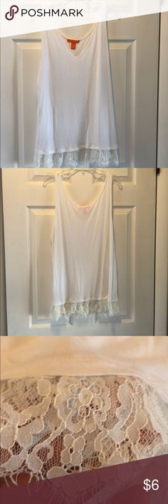 Lace trimmed tank top White lace trimmed tank top. Great for layering or alone! Joe Fresh Tops Tank Tops