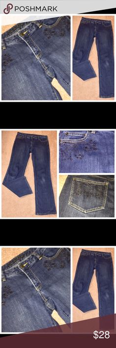 MICHAEL KORS BEADED & Embroidered Distress Jeans 6 MICHAEL KORS BEADED & Embroidered Stitch Pockets Distressed Jeans Sz 6. Waist measures 32 inches. Inseam is 32 inches. Bottom Leg opening is 9 inches. Michael Kors Jeans Flare & Wide Leg