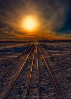 solis-0rtus:  Journey to Sunset by Ian McGregor