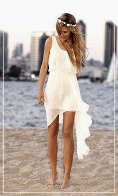 Beach Wedding Dresses | Choose The Right Beach Casual Wedding Dress | For more pictures and article about this, found us on www.weddingyuki.com