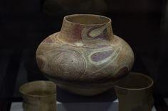 Cucuteni-Trypillian culture pottery from Bilcze Złote (Ukraine). 3900-2700 BCE. Archaeological Museum in Kraków