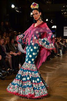DSC_0269 Flamenco Costume, Flamenco Dresses, Trumpet Skirt, Aaliyah, Fashion Forward, Hair Makeup, Gowns, Costumes, Elegant