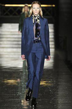 Miu Miu on #PFW fantastic, masculine, porpouse, with prints touch #moda