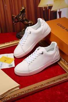 The best collection of LUIS VUITTON shoes to wear in all kinds of events. Modern designs for men, women and children. Luis Vuitton Shoes, Zapatos Louis Vuitton, Modern Design, Children, Sneakers, Women's Shoes, How To Wear, Events, Collection