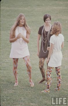 High school fashions (patterned tights), LIFE magazine, 1969. Photo by Arthur Shatz.