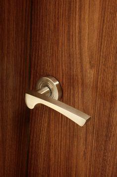 Kolekcja Lacrima #gamet #doorknob #doorhandle #knobs #handles #design #retro #rustical #vintage