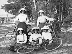 Negative - Copy 5 young women with bicycles - Yarraville - Victoria circa 1910 Old Bicycle, Bicycle Girl, Melbourne Victoria, Victoria Australia, Historical Women, Historical Photos, Old Photos, Vintage Photos, Melbourne Suburbs