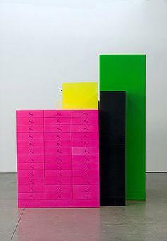 Ma che bellezza di Ettore Sottsass  Ettore Sotsass, 2007, Omaggio Series. Photos from Wallpaper.