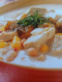 Easy crockpot recipes: White Chili Crockpot Recipe
