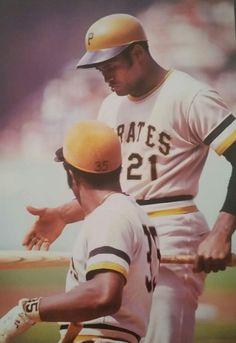 Steve's Baseball Photography Pages Pittsburgh Pirates Baseball, New York Yankees Baseball, Pittsburgh Sports, Best Baseball Player, Sports Baseball, Basketball, Baseball Cards, Football, Roberto Clemente