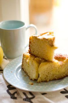 Torta allo yogurt con crema e mele
