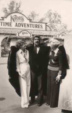 Jack, Marion and Virginia Knott.Wolfman Jack, Marion and Virginia Knott.
