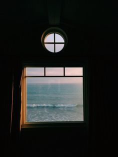 oh my ocean Ventana Windows, Into The Wild, Through The Window, Window View, Interior Exterior, Windows And Doors, Beautiful Places, Surfing, In This Moment