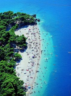 25. #Punta Rata Beach à #Brela - 44 sites #inoubliables de Croatie... → #Travel