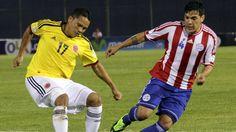 El delantero colombiano Carlos Bacca sufre una contractura en el cuádriceps de su pierna derecha y estará entre cinco y siete días de baja, por lo que se perderá, al menos, el choque del próximo jueves ante Costa de Marfil en Brasilia.