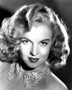 Marilyn by Laszlo Willinger, 1948.