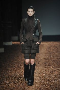 Givenchy Fall 2008 Couture - Runway Photos - Vogue