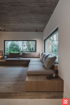 Home Room Design, Dream Home Design, My Dream Home, Home Interior Design, Living Room Designs, House Design, Built In Couch, Wall Seating, Design Hotel