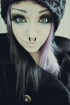 dont really like the piercing itself. i mean, shes cute w/ the nose piercing; the style is kinda yuck to be honest :/