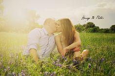 Honey B Photos fort worth engagement photography #bluebonnets
