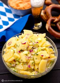 salata-bavareza-de-cartofi Healthy Salad Recipes, Vegetarian Recipes, Cooking Recipes, Cold Vegetable Salads, Good Food, Yummy Food, Keto Food List, Romanian Food, Food Platters