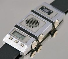 sinclair 80s watch I would love to have this watch today.