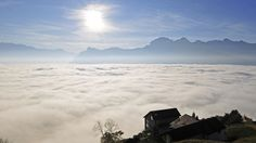 Short travel guide of the 15 best places to visit in Liechtenstein including nature, parks, museums, sights, landmarks and top tourist attractions.