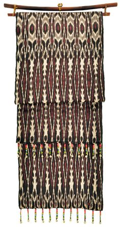 T'nalak woven by T'boli women in the area of Lake Sebu, South Cotabato, Philippines Fabric Design, Pattern Design, Filipino Fashion, Philippine Art, Philippines Culture, Tiny House Bathroom, African Textiles, Weaving Projects, Home Textile