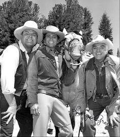 Bonanza cast from left to right: Dan Blocker, Michael Landon, Horse Guy and Lorne Greene. Michael Landon, Michael Jackson, Tarzan, Father Images, Lorne Greene, Bonanza Tv Show, The Lone Ranger, Tv Westerns, Old Shows
