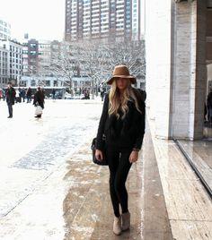 Prepárate para conquistar el street style citadino con un outfit negro y  sombrero beige aea89597a40