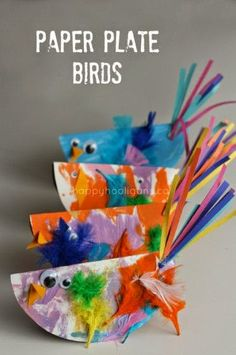 Paper Plate Bird Craft for Kids Easy and SO Cute! is part of Kids Crafts Preschool Happy Hooligans - Cute and Easy Paper Plate Bird Craft for Toddlers and Preschoolers paper plates, paint, feathers, and goggly eyes! Bird Crafts Preschool, Spring Crafts For Kids, Crafts For Kids To Make, Easter Crafts For Kids, Fun Crafts, Art For Kids, Arts And Crafts, Paper Crafts, Kids Diy
