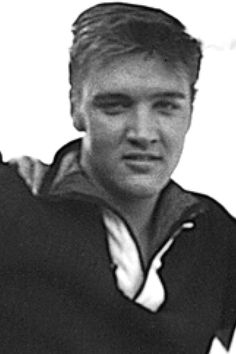 Elvis was so handsome even at a young age