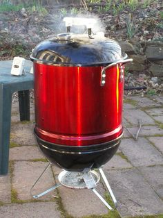 Three Dogs BBQ: Homemade Portable Smoker - Expolore the best and the special ideas about Homemade smoker Uds Smoker, Barrel Smoker, Portable Smoker, Portable Fire Pits, Outdoor Oven, Outdoor Cooking, Barbacoa, Barbecue Smoker, Grilling
